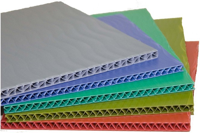 Полимерный тонкий лист TRIPLIC, 2,5 мм.